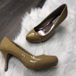 Steve Madden Pinelope Classic Patent Leather Pumps